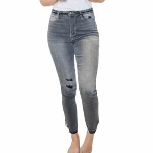 CELLO Gray High Rise Cropped Jeans 11